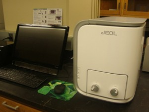 Scanning Electron Microscopy (SEM) Machine